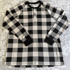 LuLaRoe Black White Plaid Mark Long Sleeve